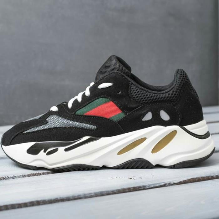 detailed look cd3c6 a08f5 Jual Gucci X Adidas Yeezy Boost 700 Sepatu Sneakers Olahraga Pria - DKI  Jakarta - Damari | Tokopedia