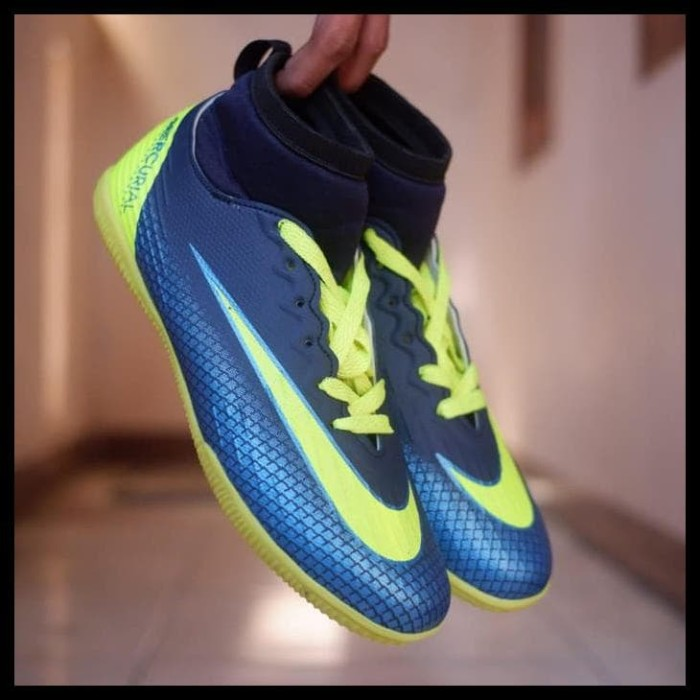 Jual STOK TERBATAS Sepatu nike Futsal hypervenom mercurial futsal ... 6d5c52b31f