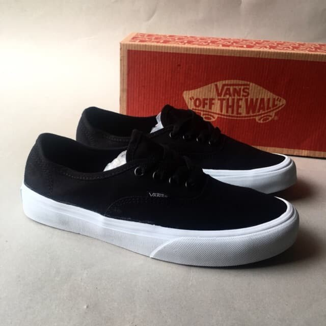 601fb91460 Jual Sepatu Vans Authentic Mono Black White Grade Ori Import ...