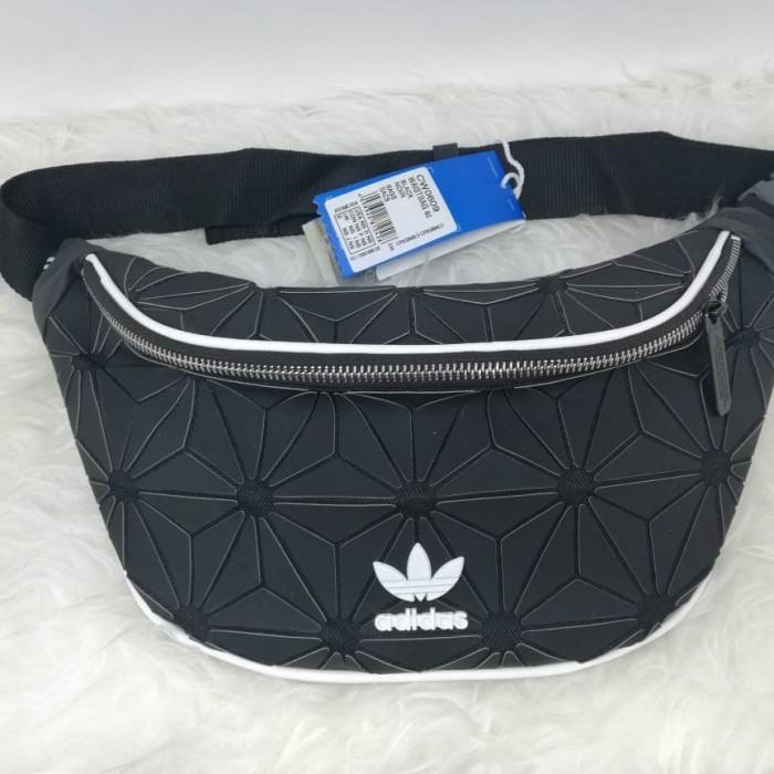 Foto Produk adidas x issey miyake waist bag - Hitam dari bagHYPEbag