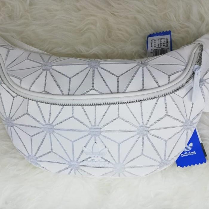 Foto Produk adidas x issey miyake waist bag - Putih dari bagHYPEbag