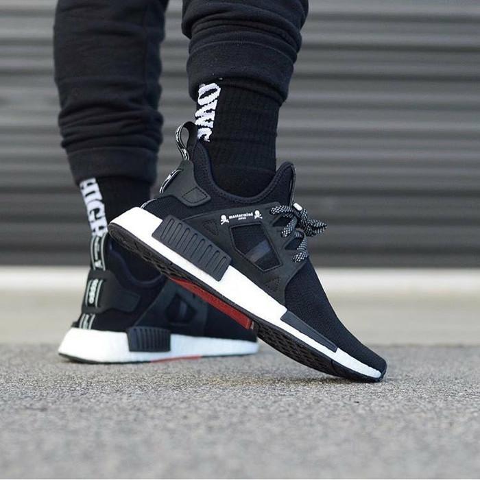 separation shoes 54709 ea3ff Jual Sepatu Adidas NMD Runner Xr1 Mastermind - Hitam, 43 - amar_shop    Tokopedia