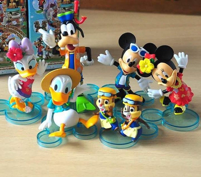 Mainan boneka figure Disney Mickey mouse minnie mouse donald Desy gufi 0e6ee881d0