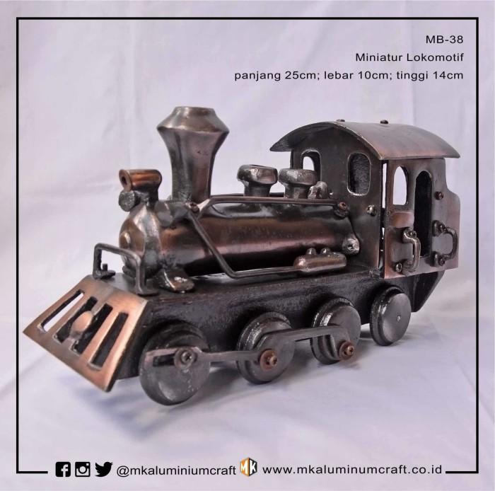 Miniatur lokomotif kuno - miniatur locomotif kereta - mk aluminium