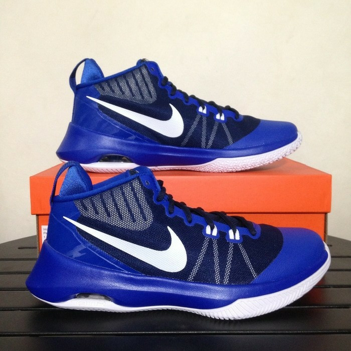 e672d13c5504 Sepatu Basket Nike Air Versitile Midnight Navy 852431 401 Original ...