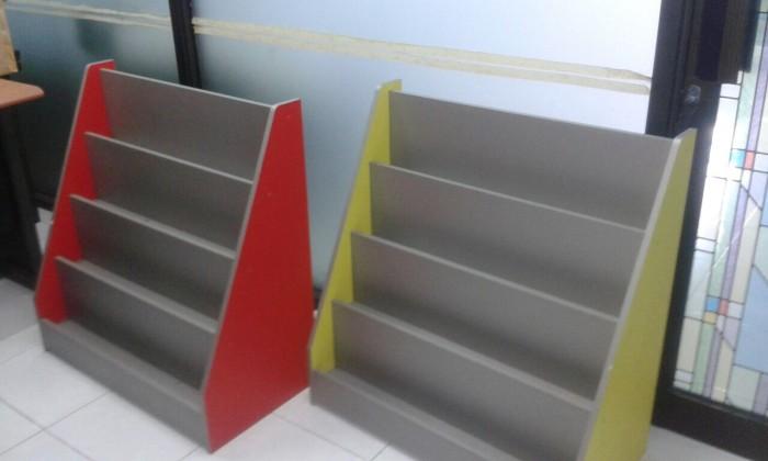 Jual Rak Buku / Majalah Informa model display - Kota