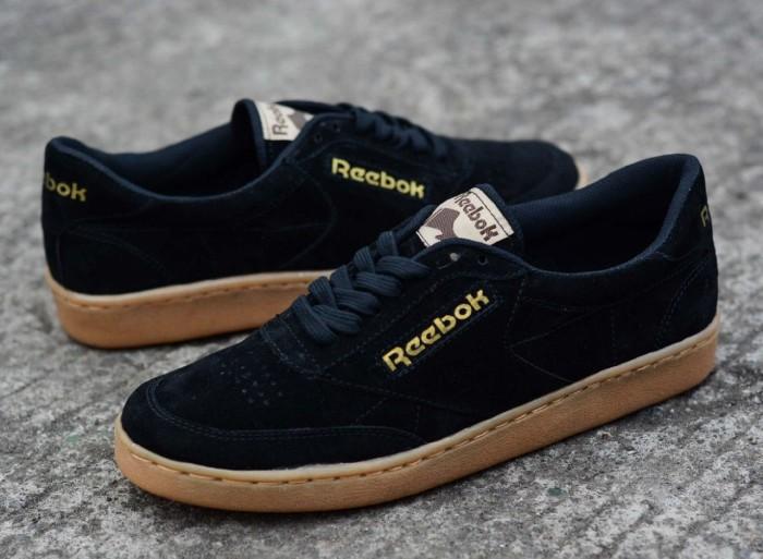 online retailer b1080 f3be1 sepatu pria reebok club c85 indoor black gum