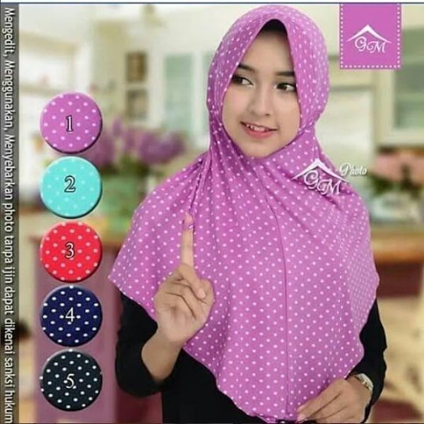 harga Jilbab langsung instan syria bergo serut tali amanda motif polkadot Tokopedia.com