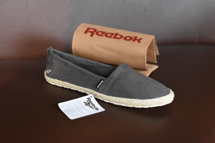 ... harga Sepatu reebok casual voila slop slip on santai tanpa tali - rs 07  Tokopedia. 02f01f89ae
