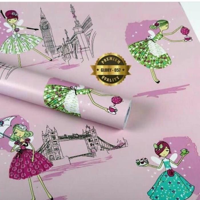 2000 Wallpaper Fashion Lucu HD Gratis