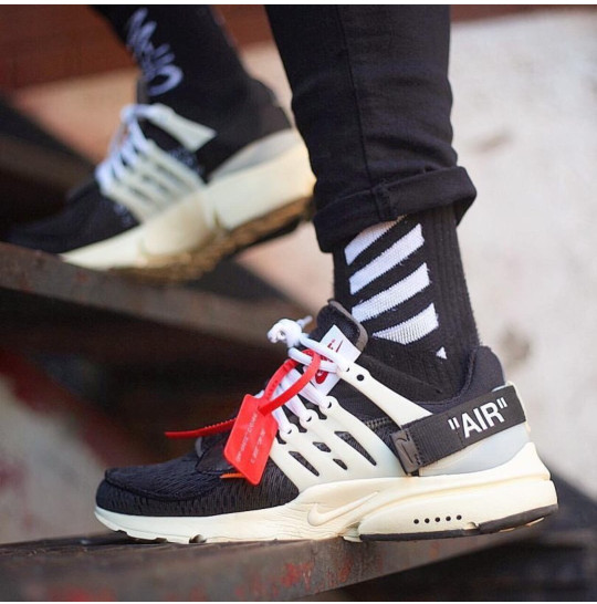 Jual Nike Air Presto x Off-White Sepatu Pria Sneakers - Toko Sepatu ... 55b9bf8933