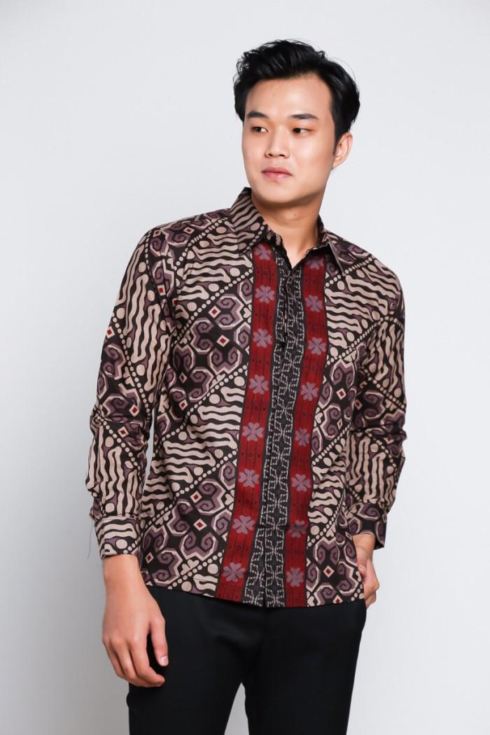 harga Model baju kemeja modern batik pria slim fit lengan pendek 087 Tokopedia.com