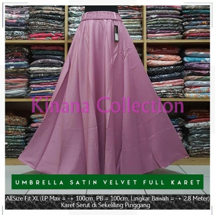 harga Rok payung satin velvet karet lebar polos panjang maxi skirt ungu muda Tokopedia.com