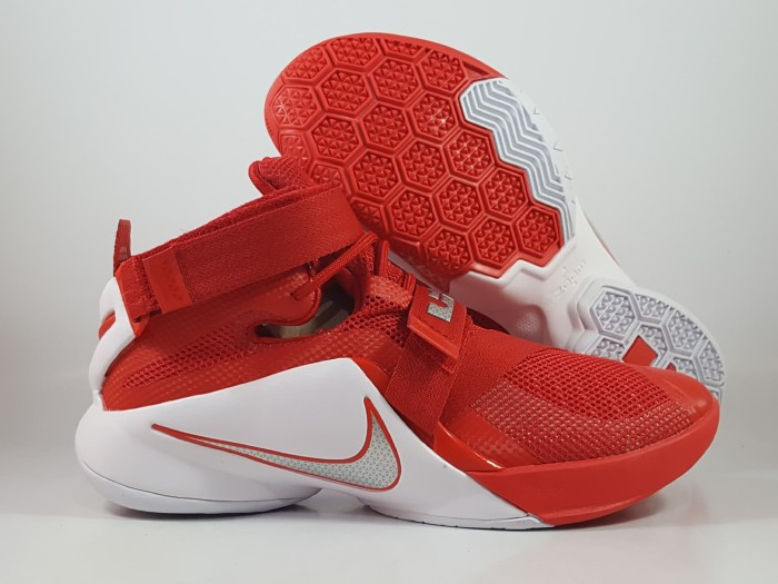 Hot Sepatu Basket Nike Lebron Soldier 9 Red White Replika Impor D8293 0e3ab