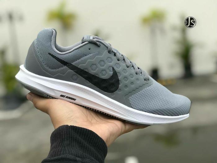 9d4a1d395f8d Jual Sepatu NIKE DOWNSHIFTER 7 GREY Original - Kota Yogyakarta ...