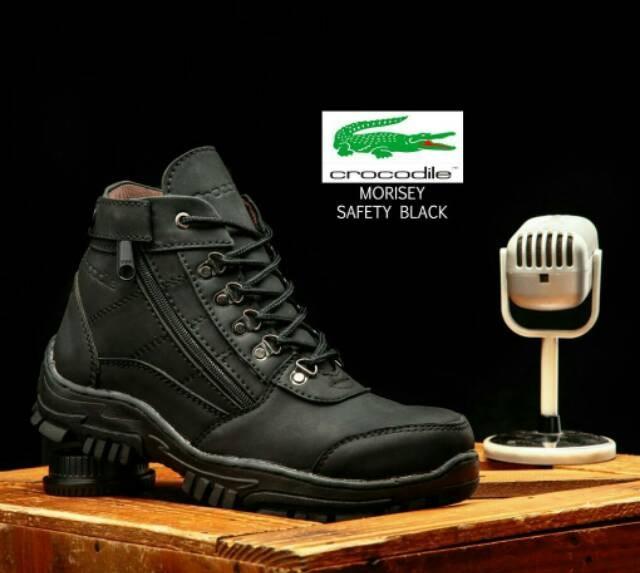 harga Sepatu sepatu boots pria safety crocodile gunung proyek kerja lapangan Tokopedia.com