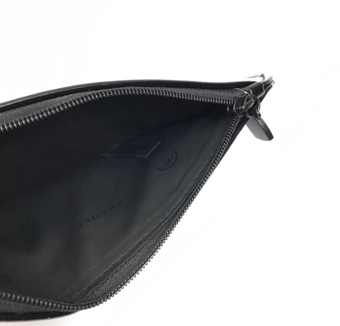 5c35b4571101d1 Jual pouch chanel / pouch pencil chanel - unnisoshope | Tokopedia