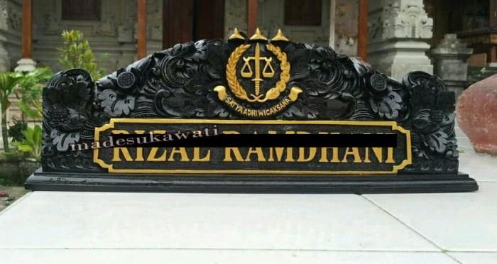 Papan Nama Meja Nameplate Kayu Ukir Bali Lambang Kejaksaan - Blanja.com