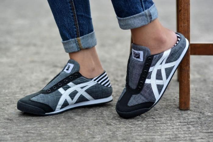 a450609cf946 Jual sepatu casual wanita asic tiger paraty abu putih - Djaya ...