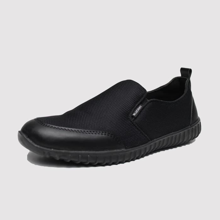 harga Ready stok sepatu pria casual blucrat frieza black Tokopedia.com