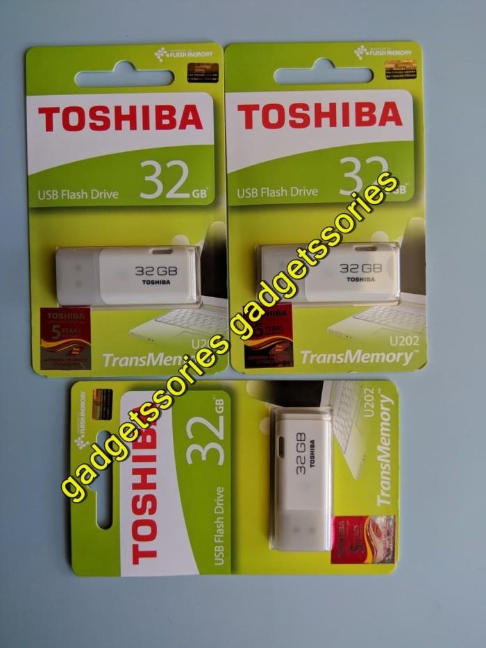 Flashdisk Toshiba Hayabusa 32GB Original Garansi Resmi - Putih