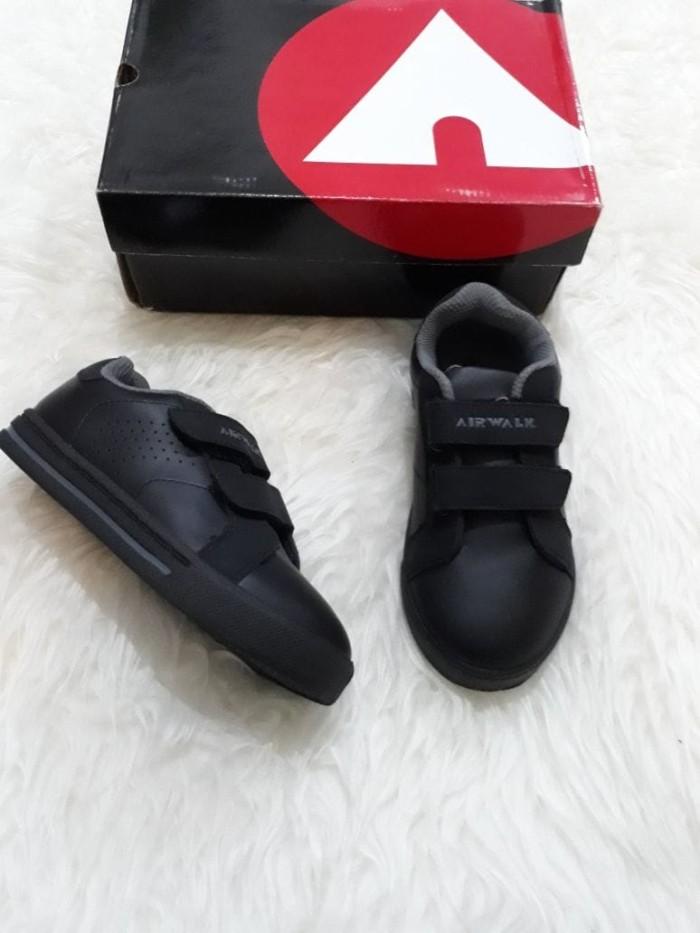 harga Sepatu anak laki-laki : airwalk ori juke jr black grey Tokopedia.com