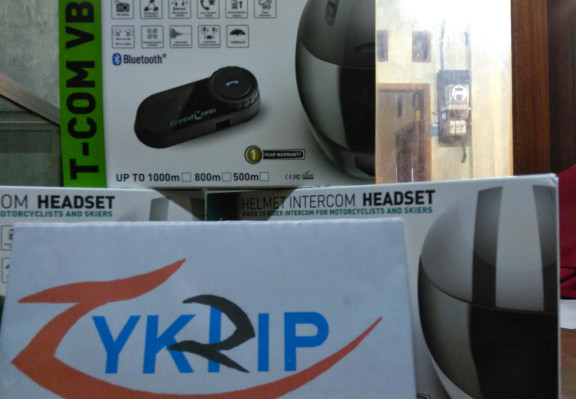 harga Bt intercom interkom interphone helm freedconn bt s2 vnetphone v6 v5 Tokopedia.com