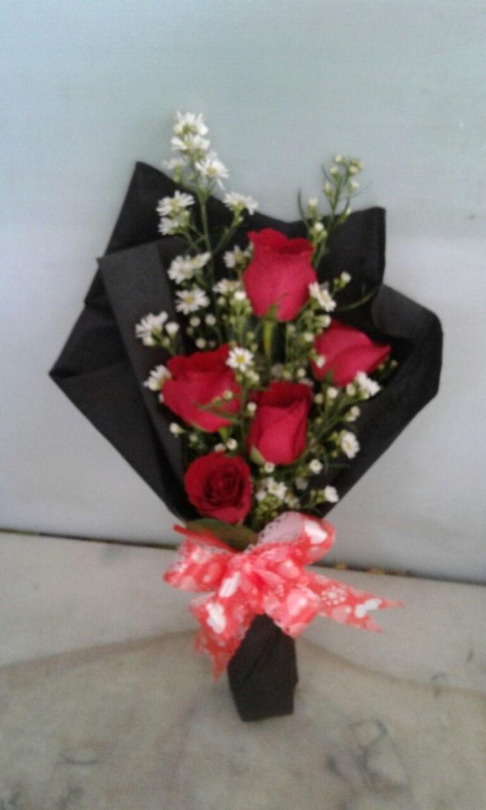 harga Open Order Untuk Hari Valentine Buket Bunga Valentine Tokopedia.com