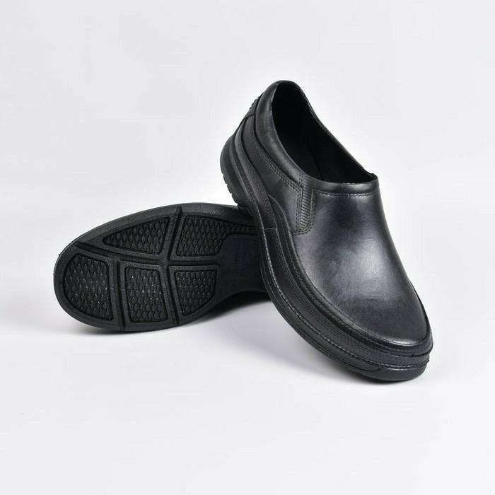 ATT AB520 Sepatu Pria Pantofel Karet Sekolah Kerja Hitam AB 520 Murah -  Hitam 32b4979554
