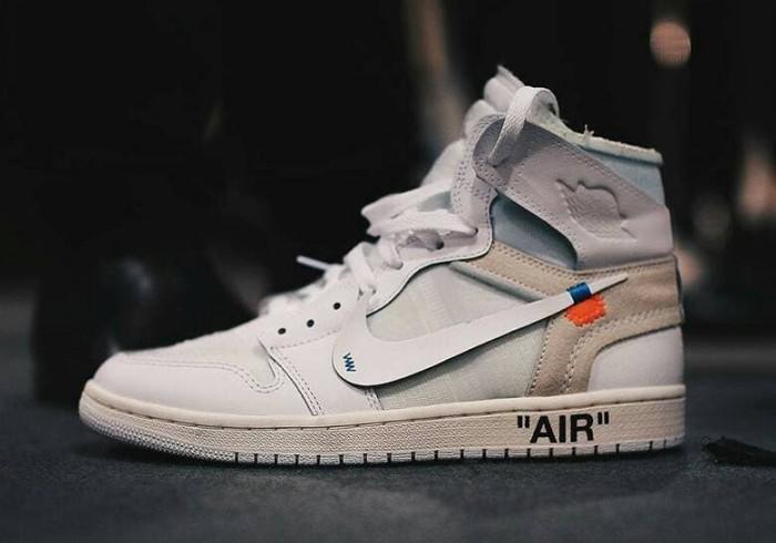 b412b0bb53db9b Jual sepatu off white x nike air jordan 1 high triple white putih ...