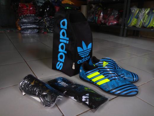 Jual sepatu futsal adidas messi komponen cek harga di PriceArea.com 0f3d4df08cc2e