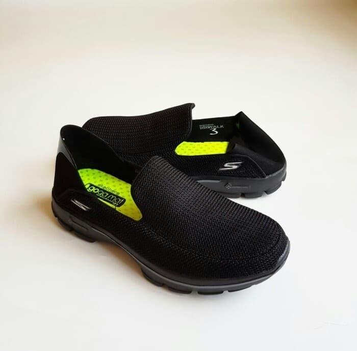 Jual Sepatu Pria Skechers  Skecher  Sketchers  Sketcher GoWalk 3 ... c02ccf12a2