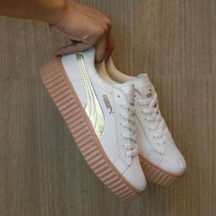 harga Sepatu puma fenty rihanna putih gold   cewe wanita   casual wedges  Tokopedia.com 1e80810c09