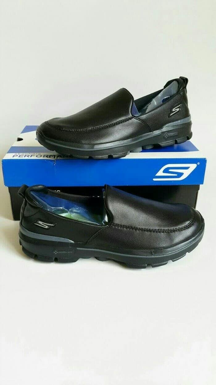 harga Sepatu pria skechers  skecher  sketchers  sketcher gowalk 3 leather  Tokopedia.com e948f14ccf