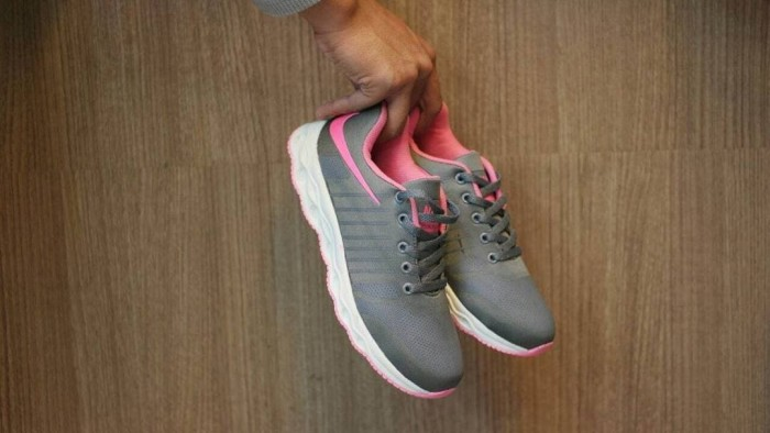 harga Sepatu nike free / cewe wanita / olahraga voli badminton tenis gym Tokopedia.com