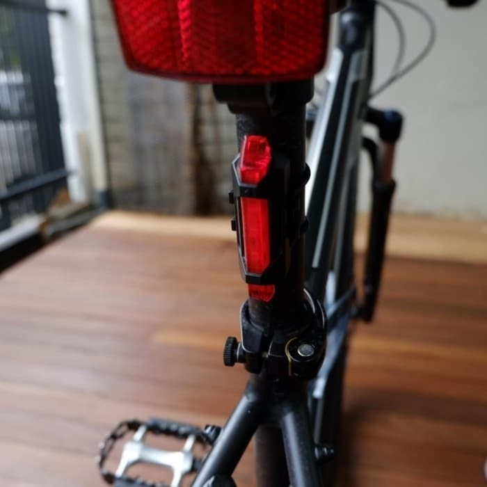 (Diskon) Lampu Sepeda Gowes USB Bike Rechargeable Tail Light Portable