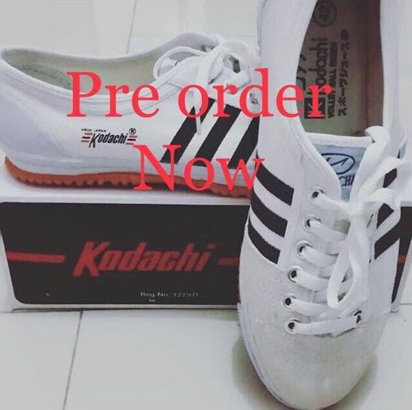 Sepatu Capung Kodachi 8111 Dark Grey