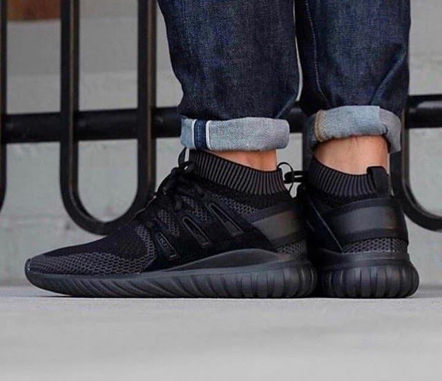 best website 4bc05 af71a Jual sepatu sneakers Adidas Tubular Nova PrimeKnit Triple Black - DKI  Jakarta - mila irmawanti   Tokopedia