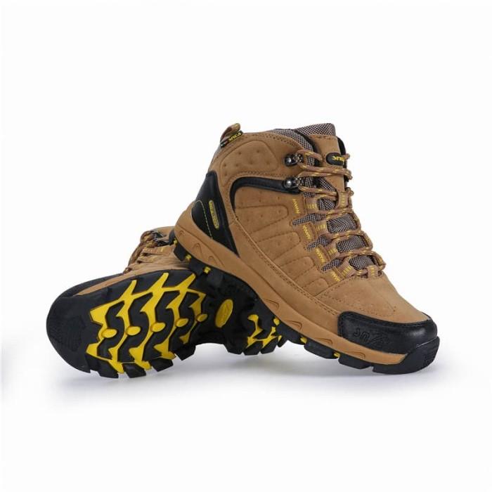 harga Sepatu gunung snta 483 brown yellow semi waterproof hiking outdoor Tokopedia.com