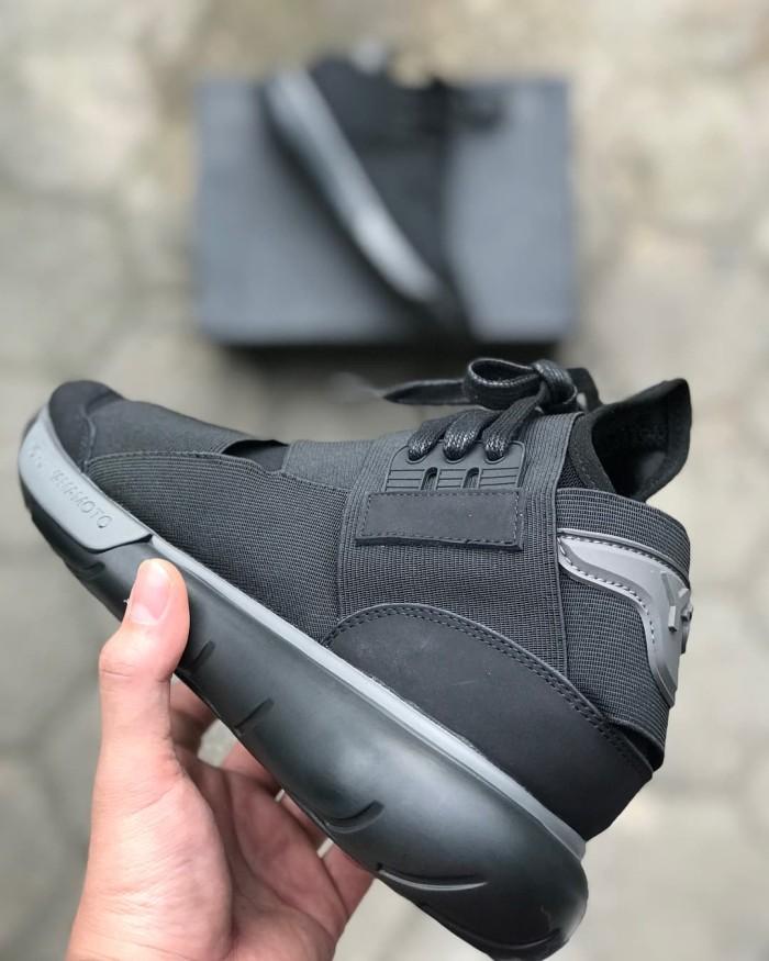 d6edda226cc4a Adidas Y3 Yohji Yamamoto Qasa High Triple Black - Adidas Y3 Qasa High -  Hitam
