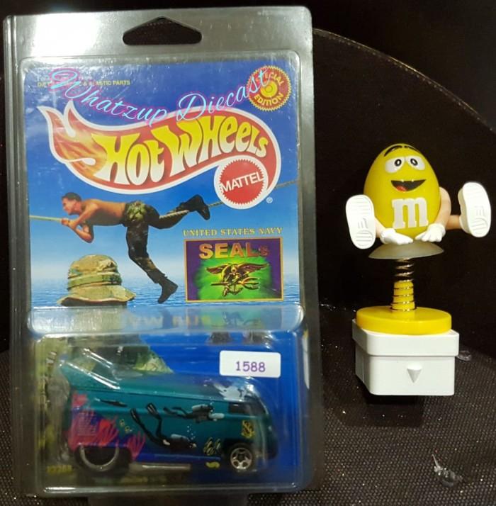harga Hot wheels vw drag bus (us navy seals) special edition Tokopedia.com