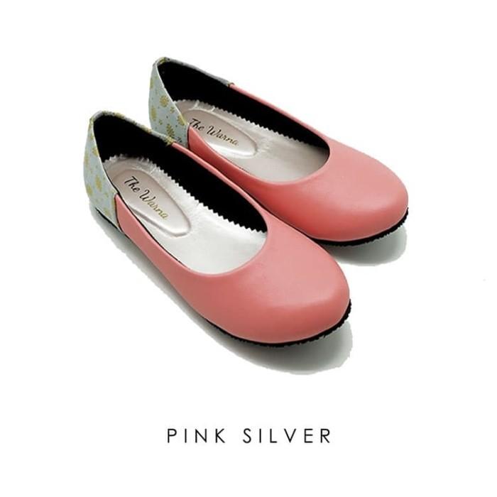harga Sepatu wanita / flat shoes etnik batik tenun - pink silver Tokopedia.com