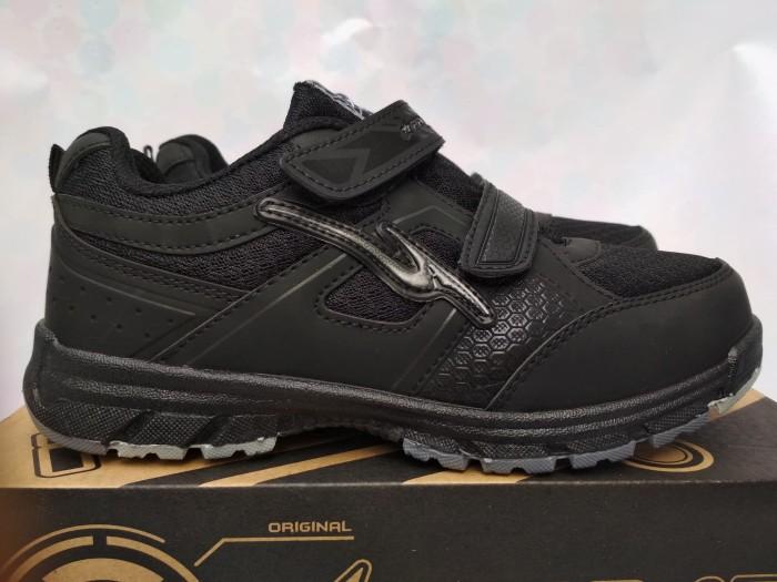harga Sepatu sekolah anak pro att lg kids sepatu anak perempuan sd hitam Tokopedia.com