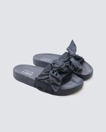 separation shoes ec6f3 5c25d Jual Sandals Puma Fenty Bow (Black) - Hitam, 40 - DKI Jakarta - LEXA  Sneakers | Tokopedia