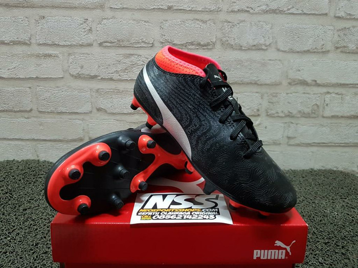 harga Sepatu bola anak puma one 18.4 fg junior 104557-01 original Tokopedia.com