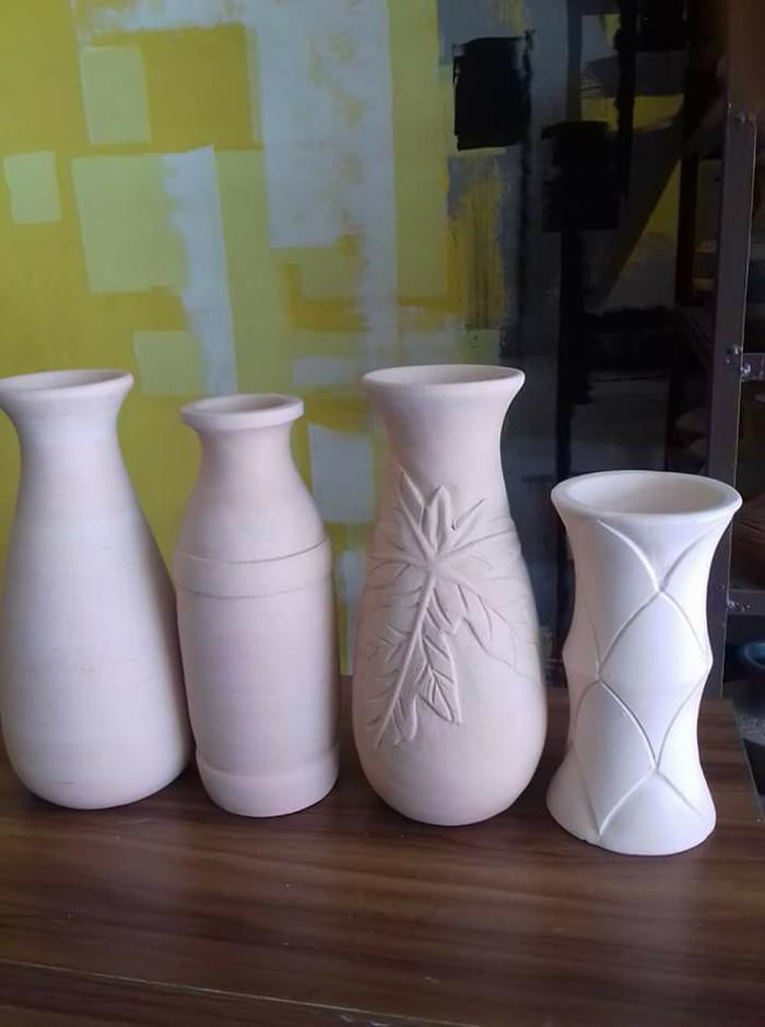 Jual Vas Bunga Keramik Polos Kab Bogor Lion Keramik Tokopedia