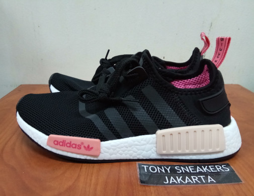 a947aae581a33 Jual Adidas NMD R1 Black Peach Pink Women   sneaker   sepatu wanita ...