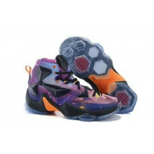 huge selection of cc867 d3e28 NIKE LEBRON JAMES XIII EP  Sepatu Basket  Sepatu Olahraga