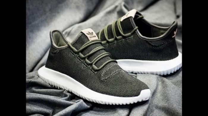 new concept ea513 92b32 Jual Sneakers Casual / Olahraga ADIDAS Tubular Shadow Knit (Green Olive) -  Jakarta Barat - SportMurah | Tokopedia