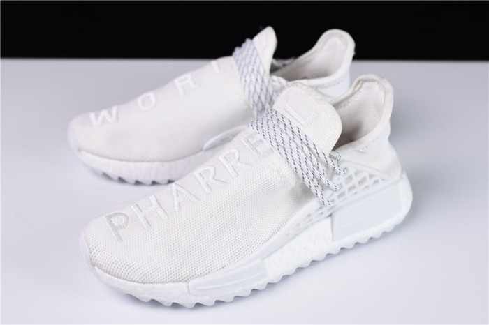 cheap for discount 6725b e5be7 Jual Adidas Human Race 2018 Hu Trail Holi World Blank Canvas / White Creme  - Kota Surabaya - Med's Fav | Tokopedia